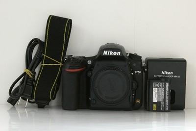 95新二手Nikon尼康 D750 单机 快门33900次 017466成