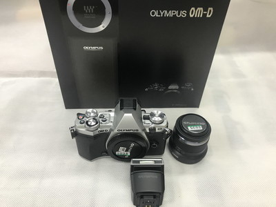 奥林巴斯/Olympus OM-D E-M5 Mark II 微单相机+45mm/1.8镜头