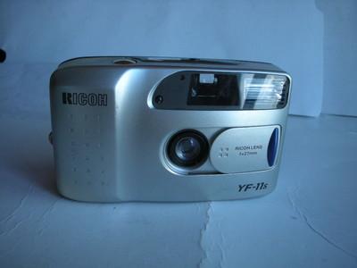 很新理光Y11袖珍相机,收藏