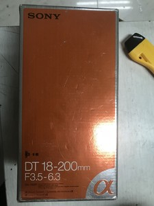 索尼 DT 18-200mm f/3.5-6.3(SAL18200)仅开封未使用过新镜头