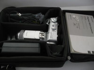 99新 索尼F717