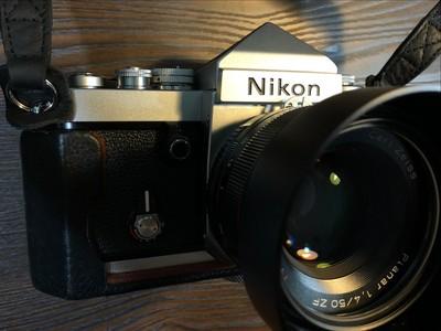 成色近完美的尖顶nikon f2+蔡司50/1.4