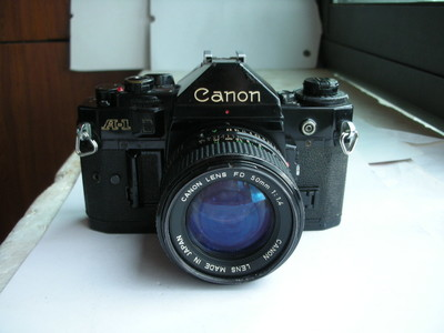 较新佳能 A-1经典单反相机带50mmf1.4镜头,收藏使用
