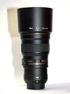 尼康 AF-S 300mm f/4E PF ED VR防抖远摄长焦轻便打鸟镜头