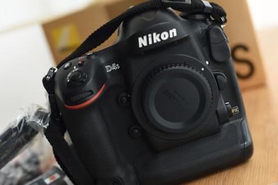尼康旗舰D4s +镜头配件 打包全套送D700等两万配件