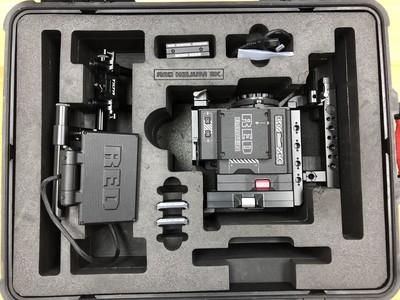 全新RED乌鸦摄影机适马电影镜头变焦组等所有全新配件打包出