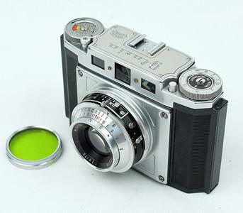 德国 Braun Gloria Praxar 6x6 伸缩相机