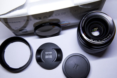 卡尔·蔡司 Carl Zeiss Distagon T* 35mm f/2 ZE