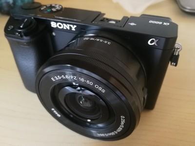 索尼 ILCE-6000 黑色 98新 毫无划痕