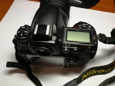 尼康 D700,灭门全部出,另出24 1.4G,SB 900闪光灯