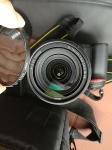 卖98新尼康 D7100-18-140镜头实物图拍摄