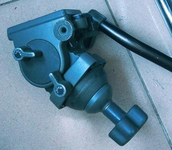 LIBEC TH-950 液压云台