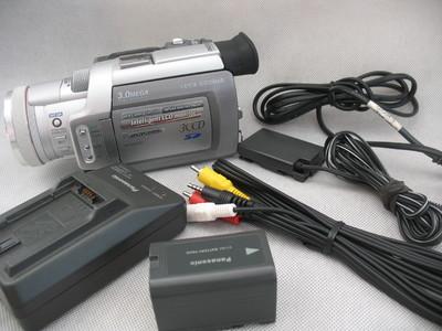 松下 NV-MX500 3CCD 专业DV摄像机