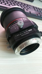 可小刀Samyang  24mm F3.5 移轴镜头(佳能口)