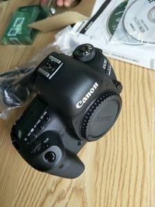 佳能5D4单机转让,4K视频拍摄,特价急售