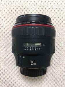 学生低价转让佳能 EF 85mm f/1.2 L II USM(大眼睛)红圈人像镜头