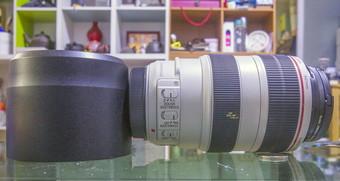 佳能 EF 70-300mm f/4-5.6 IS
