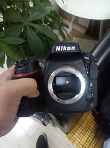 尼康 D800搭配(24-70mm F2.8G)欢迎咨询  可小刀  可面谈