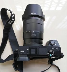 出索尼A6500机身+16-70mmF4镜头