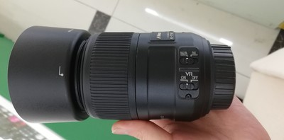 出一支成色非常好的尼康 AF-S DX微距85mm f/3.5G ED VR