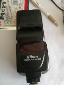 求购 尼康 SB-700配件