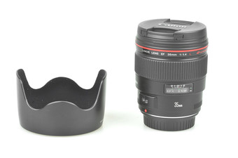 98�� ���� EF 35mm f/1.4L USM