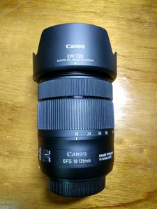 出售 佳能 EF-S 18-135mm f/3.5-5.6 IS USM 镜头