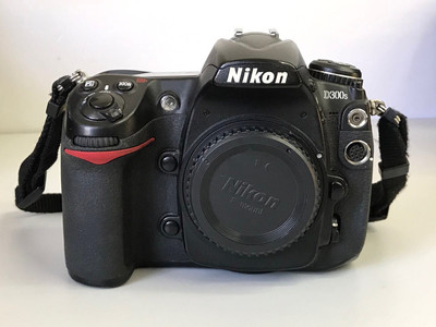 尼康 D300S 数码相机机身 半幅机皇 低价转 天津福润相机行