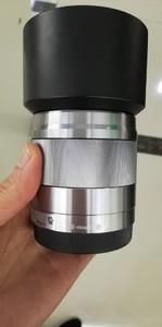 出一支索尼 E 50mm f/1.8 OSS(SEL50F18)