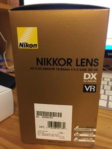 1250元 尼康 AF-S DX尼克尔 16-85mm f/3.5-5.6G ED VR