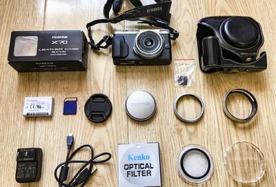 X70   富士X70 大底相机