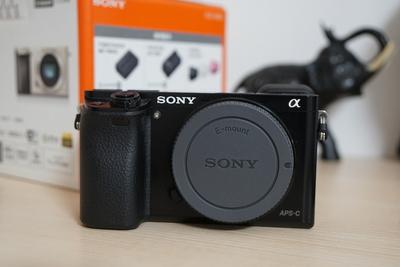 索尼 ILCE-6000 a6000 微单相机 单机身