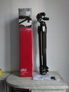 基本全新 曼富图MK055XPRO3-3W 相机三脚架