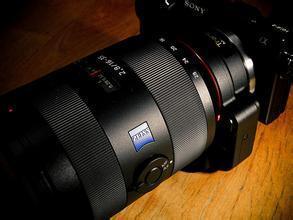 索尼 Vario-Tessar T* FE16-35mm f/4 ZA OSS