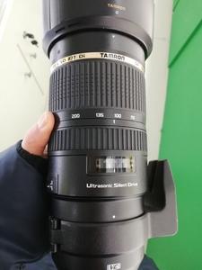 出一支包装齐全的腾龙 SP 70-200mm F/2.8 Di VC USD(A009)