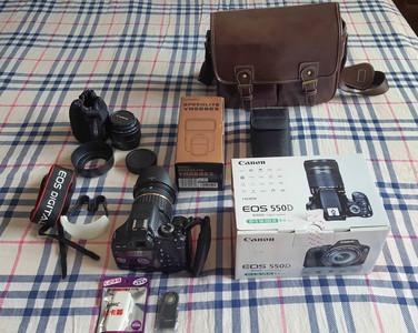 佳能550D全套出售:佳能相机+双镜头+永诺568闪光灯