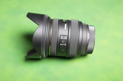 适马 MACRO 70mm f/2.8 EX DG