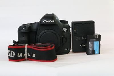 90新二手 Canon佳能 5D3 单机 高端单反 无敌三 002247州