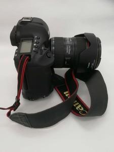 佳能 EOS-1D X Mark II