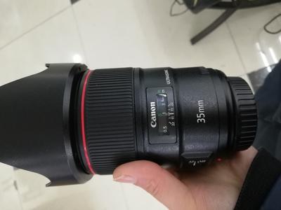 出一支成色绝对新的佳能 EF 35mm f/1.4L II USM