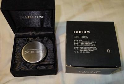 富士X100F  纪念版镜头盖
