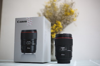 出99新佳能 EF 35mm f/1.4L II