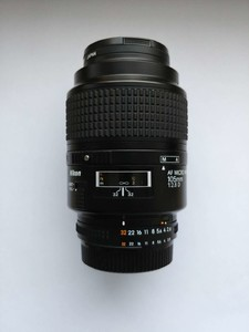 尼康 AF 105mm f/2.8 D 随时来我这看实物