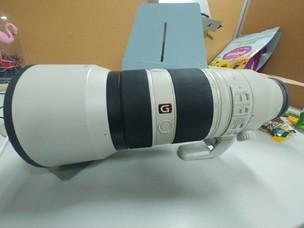 索尼 FE 100-400mm F4.5–5.6