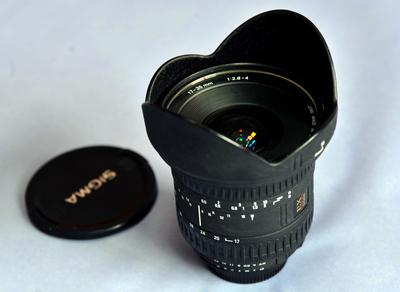 适马 17-35mm f/2.8-4 EX DG HSM(尼康口)