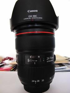 佳能 EF 24-70mm f/2.8LII