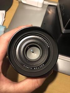 福伦达 Nokton Classic 35mm f/1.4 e卡口索尼口