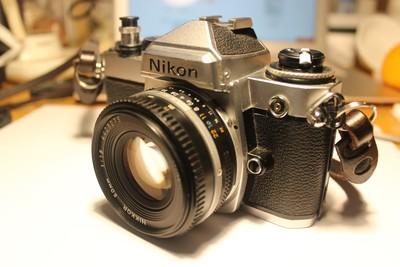 Nikon FE2胶片机 赠 胶卷