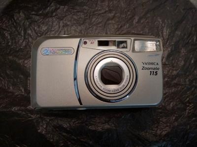 雅西卡 115 胶片相机