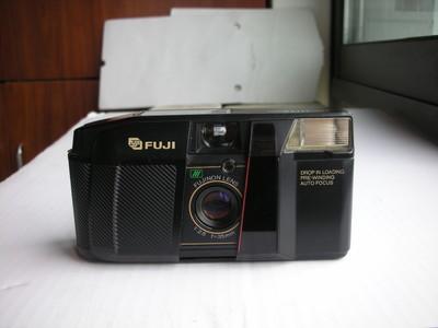 很新富士HITE自动曝光便携式相机,35mmf2.8定焦镜头